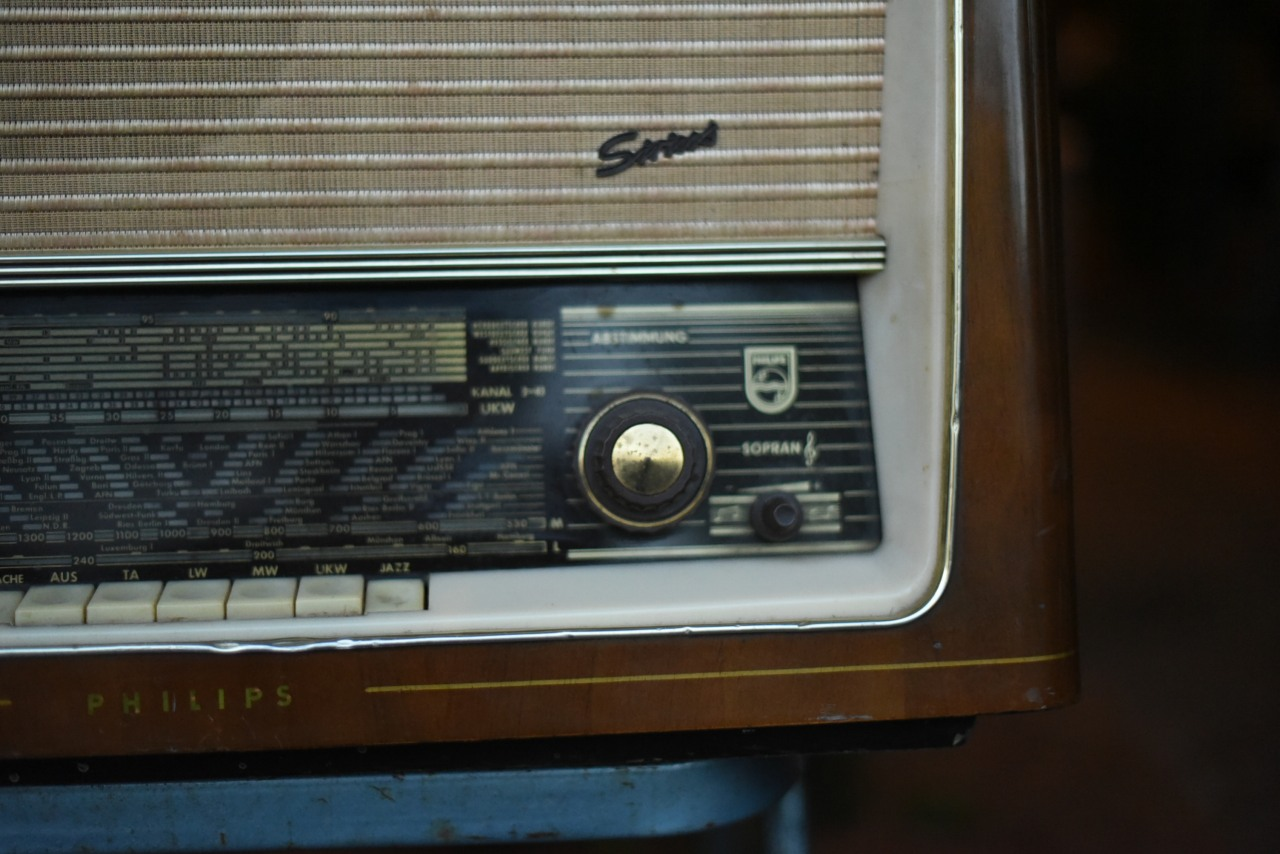 000790  PHILIPS フィリップス ヴィンテージ  オランダ製 ラジオ