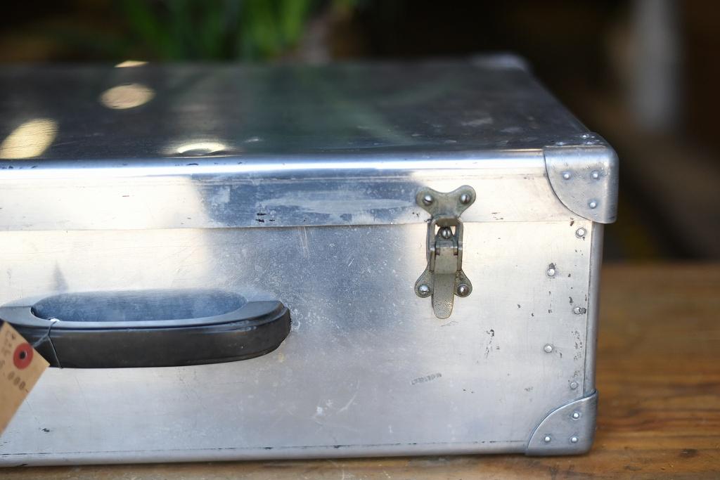 103694 ヴィンテージ アルミ トランクケース 革鞄 英国製