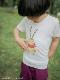 インセクトランド学習帳付きカブトムシのガブリエルTシャツ ホワイト オーガニックコットン使用