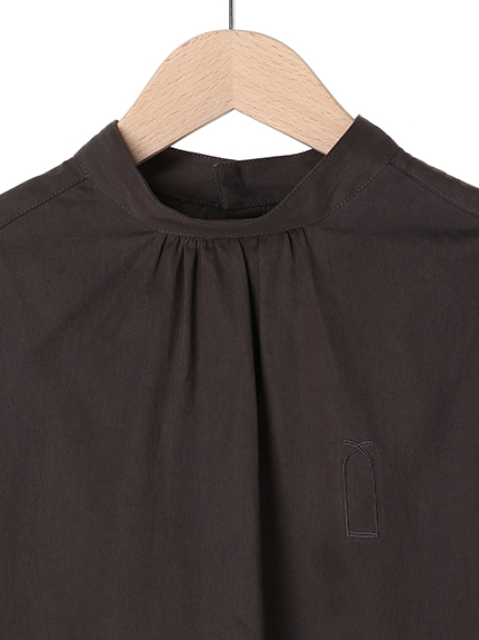 OTONAフードロス染色 本真珠ボタン パフスリーブシャツ noire