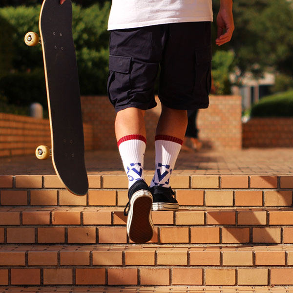 【VHS MAG】LOGO SOCKS ブイエッチエスマグ 靴下 ソックス スケートボード スケボー SKATEBOARD