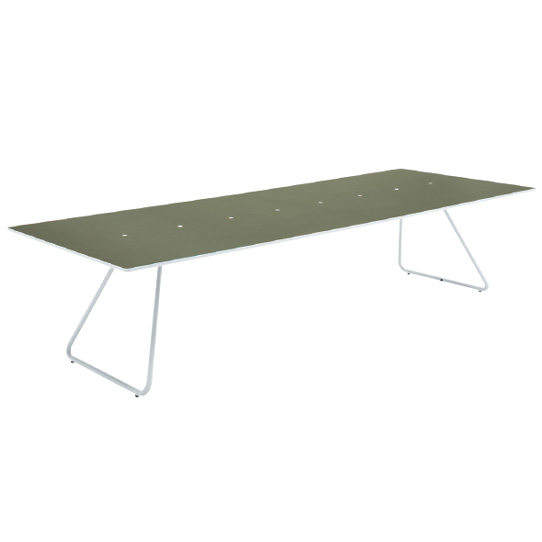 006: MEETING TABLE