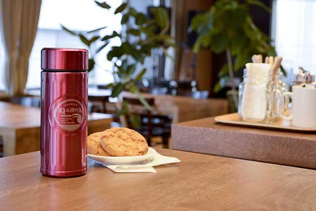 淹れたての美味しさを外出先でも!特殊加工のコーヒーボトル 世界初!  テフロン加工 コーヒーボトル