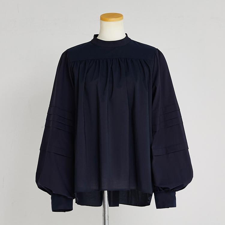 Volume Tuck Sleeve Shirt