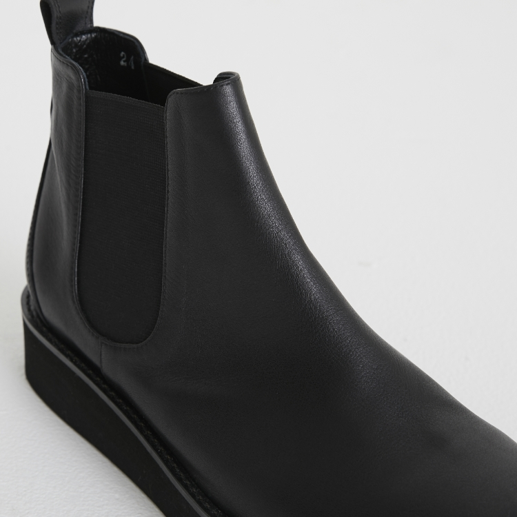 Leather Side Gore Boots