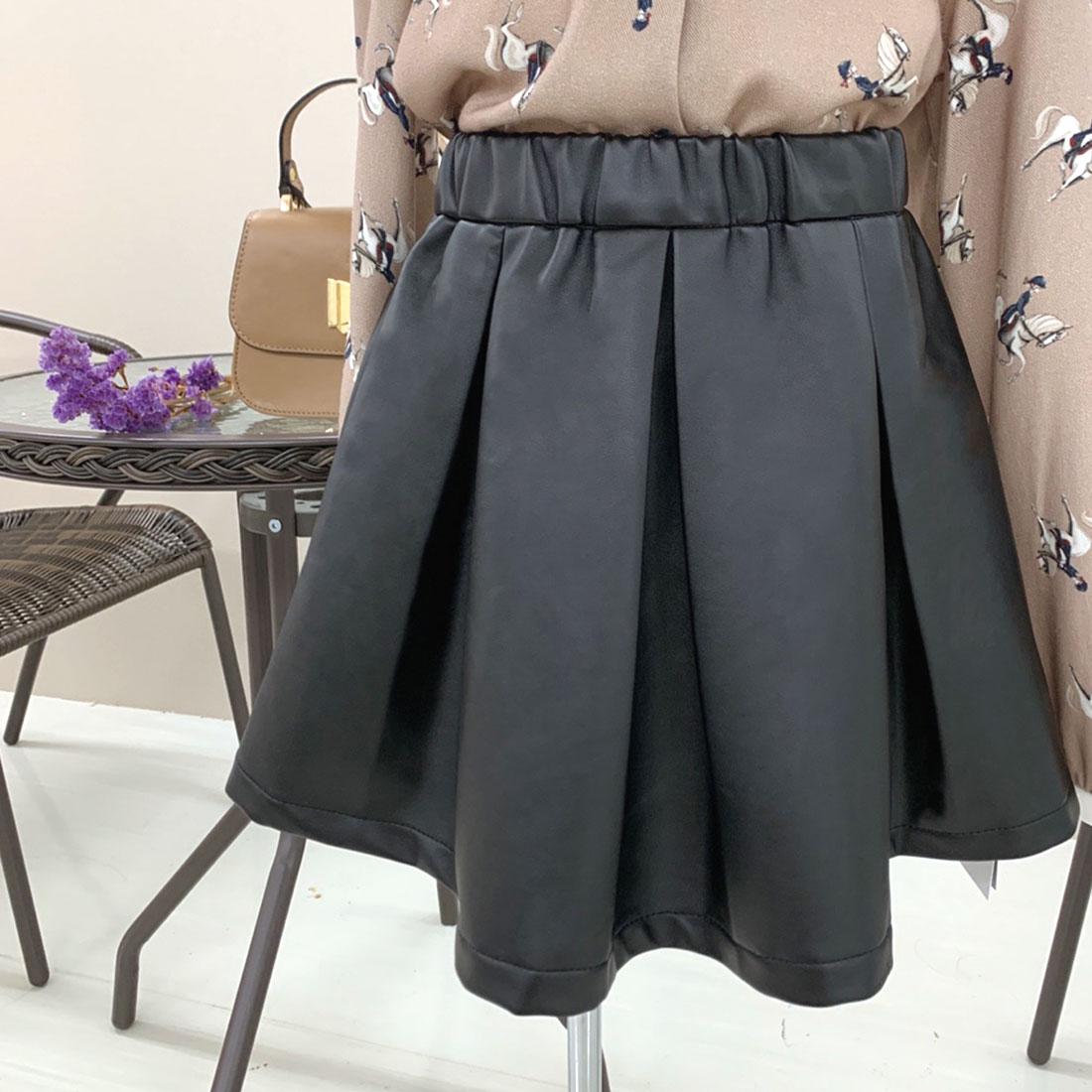 フェイクレザーボックスプリーツスカート