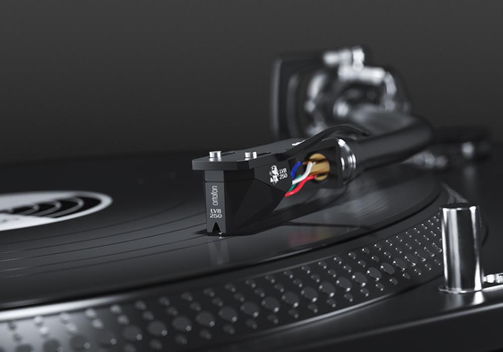 ortofon - 2M Black LVB 250(MMカートリッジ/ベートーヴェン生誕250周年記念モデル)《JP》【在庫有り即納】