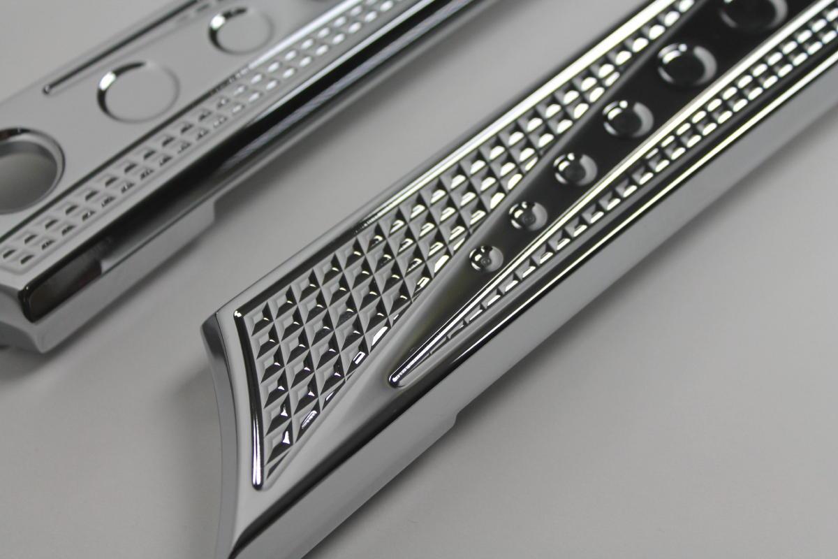 JH Chrome-EOスタイルサドルバッグ ラッチカバー(2014y〜) クロームダイヤモンドカットサドル