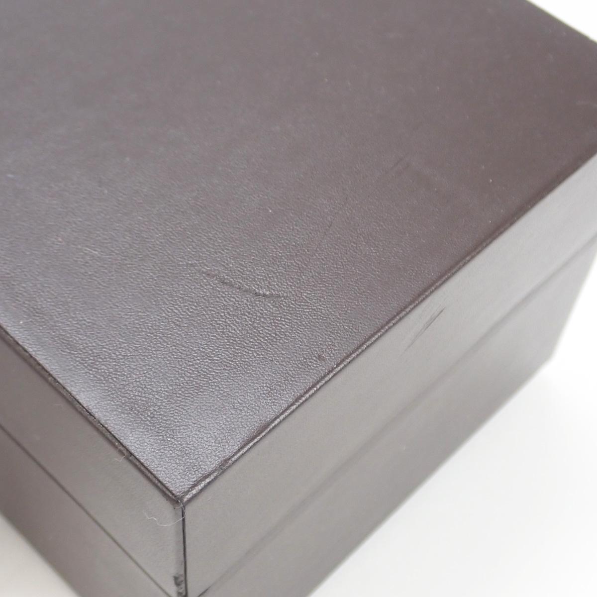 【辛口評価】【SAランク】TIFFANY&Co. ティファニー K18WG アトラス カクテル ラウンド ホワイトシェル文字盤 ホワイトサテンベルト Z1901.10.40E91A40B