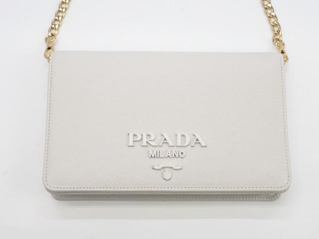 【辛口評価】【Aランク】PRADA プラダ ミニチェーンウォレット 1BP012 サフィアーノ ホワイト