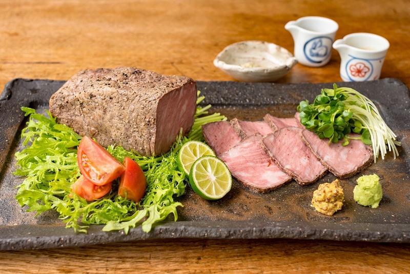 黒毛和牛とアン黒牛ロースト味くらべ 4〜5人前