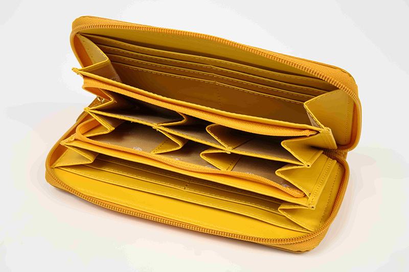 本革 ふくろう小銭が分けれる長財布