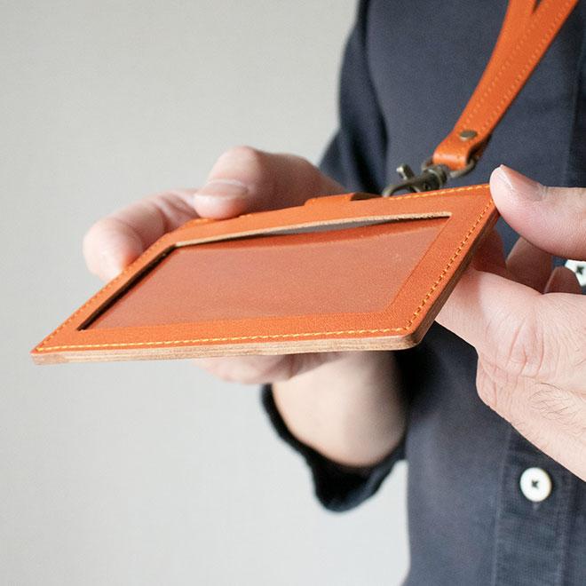 【横型】IDカードケース & ネックストラップ【脱クロムレザー】ダブルの安全設計 本革 社員証 ケース IDカードホルダー /日本製