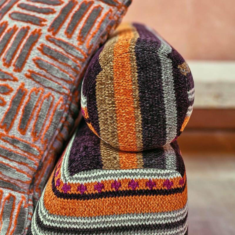 Poncho Stripe (Z534-03)