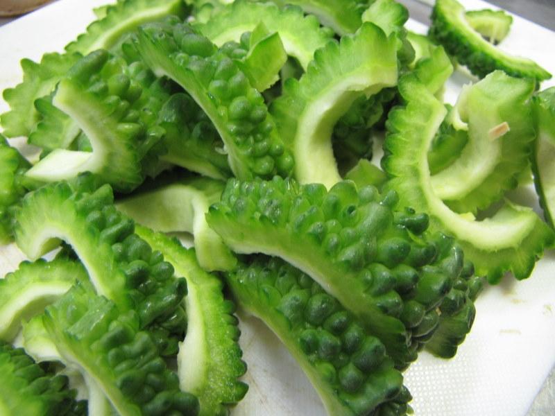 """野菜種子!""""大型肉厚ゴーヤー""""【20粒】種が大きいので簡単に蒔けます!(送料無料)"""
