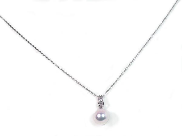 花珠真珠ペンダントトップ<8.1mm>K18WG・ダイヤモンド 0.01ct 鑑別書付 P-8336