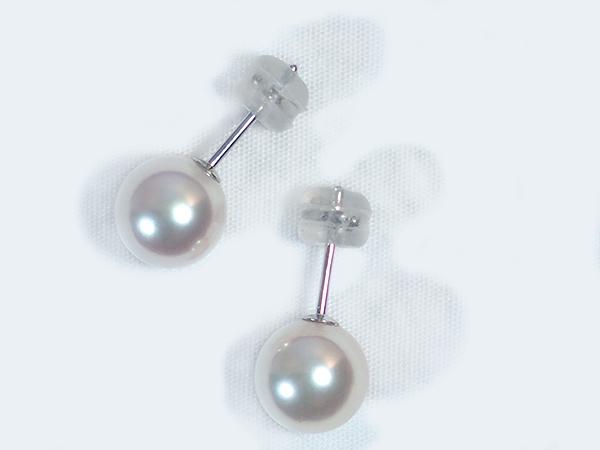 花珠真珠 あこや真珠ピアス<8.2mm>スタッド・K14WG PE-6811