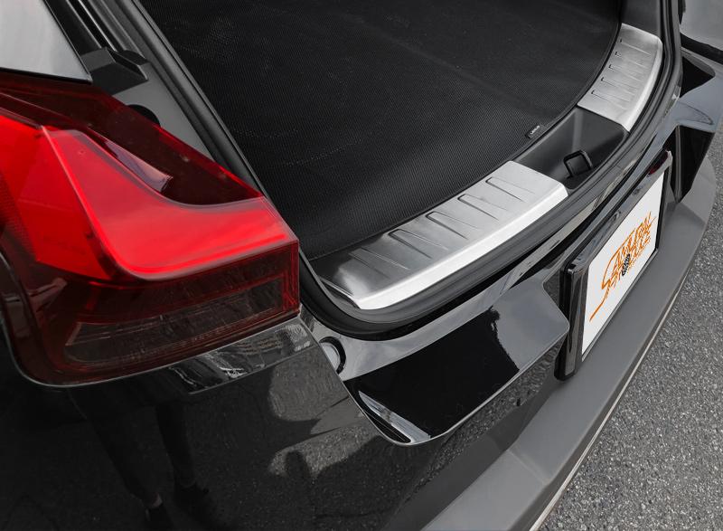 【アウトレット品】UX UX200 UX250h ラゲッジスカッフプレート シルバーヘアライン 2P トヨタ TOYOTA LEXUS レクサス カスタム パーツ ドレスアップ アクセサリー オプション エアロ