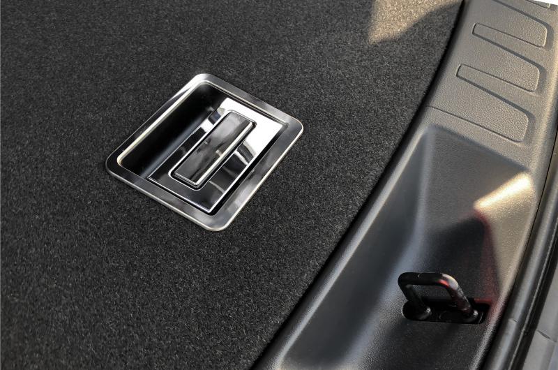 UX トランクトレイレバー 2P レクサス LEXUS UX UX200 UX250h 鏡面仕上げ カスタムパーツ ドレスアップ アクセサリー アフターパーツ エアロ