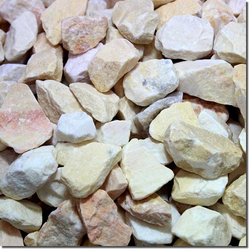 砂利 マーブルチップ砕石タイプ(ライトイエロー)10袋単位販売