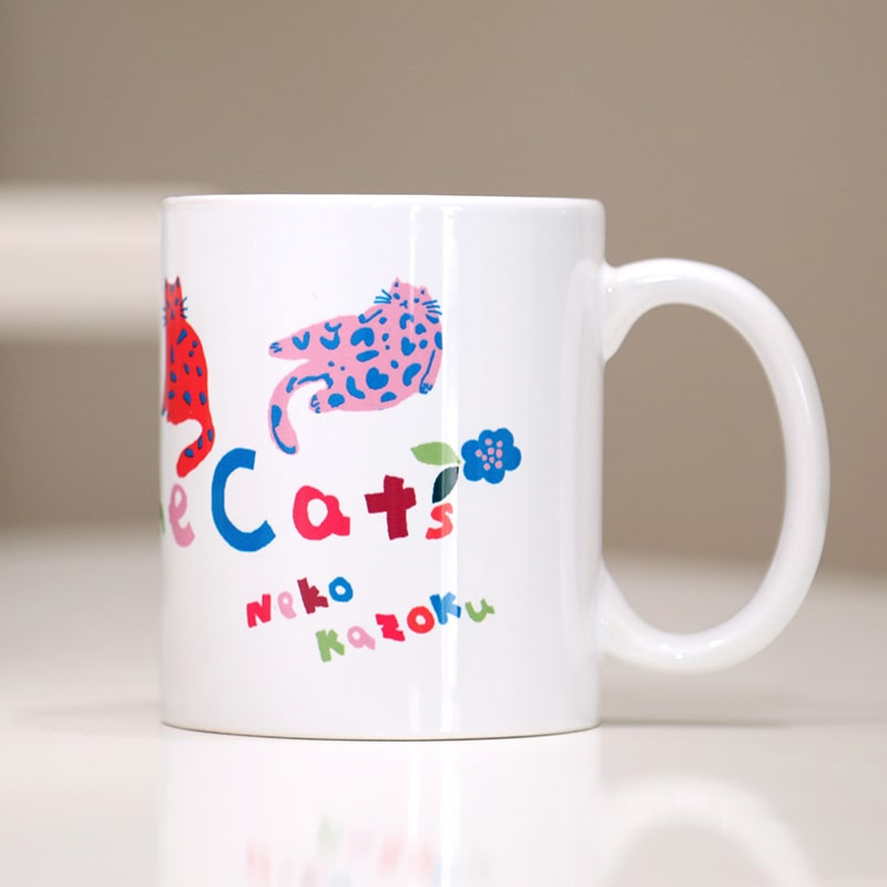 さくらねこを応援! マグカップ ねことフラワー  (designed by 樫出 玲)