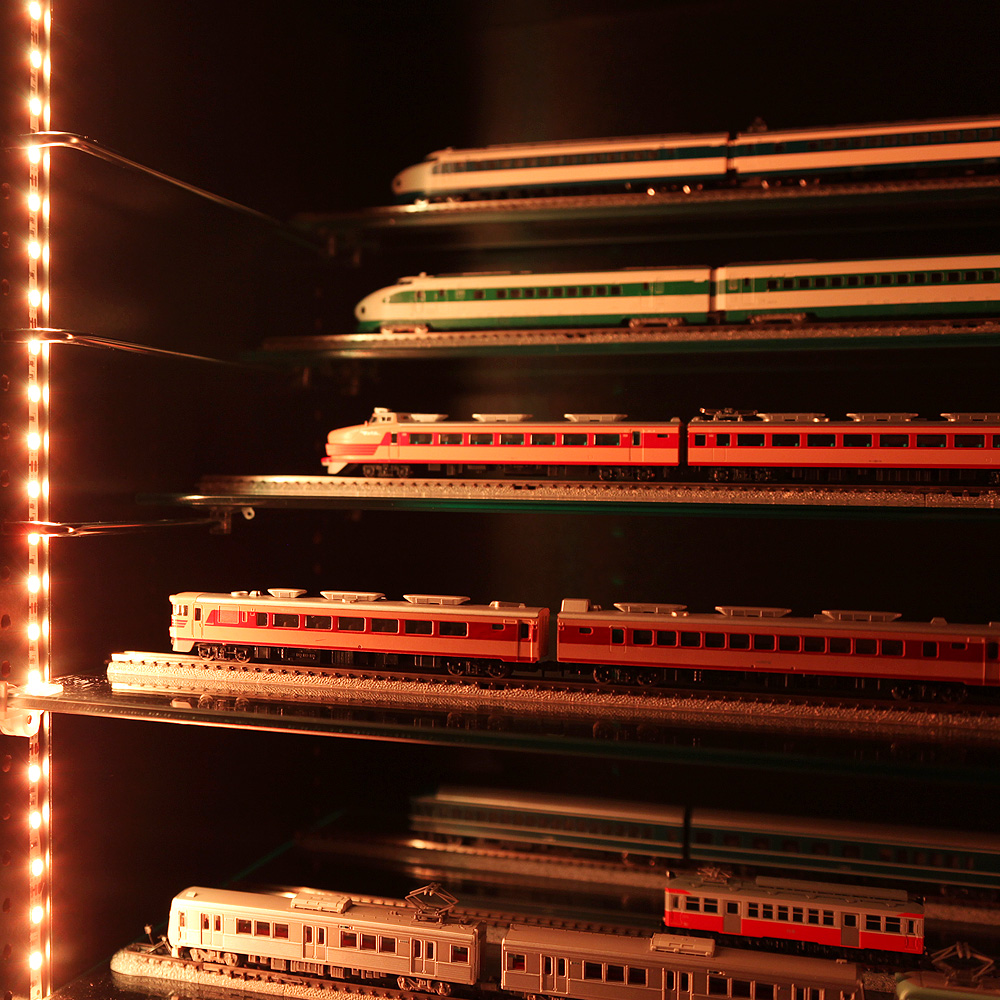 コレクションラック レギュラー 幅55cm×奥行19cm専用 ガラス棚 ひな壇 Sサイズ -フィギュアラック ザ サード-