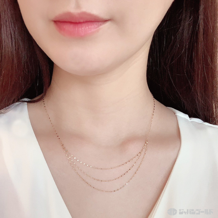 純金デザインネックレス