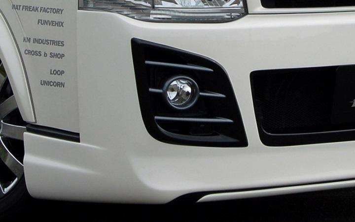 BLESS(ブレス) エアロパーツ 200系ハイエース/レジアスエース用 3型フロントバンパースポイラー