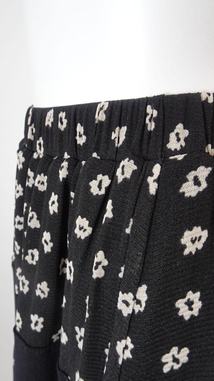 Skirt 裾レースデザイン 小花柄プリントスカート