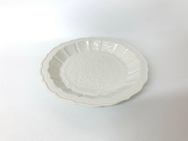 花鳥彫5寸皿薄白釉