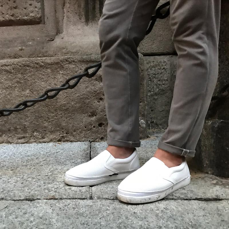 パンチングスリッポン(ホワイト)