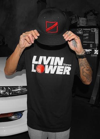 スタンス・マガジンTシャツ「LIVIN LOWER」
