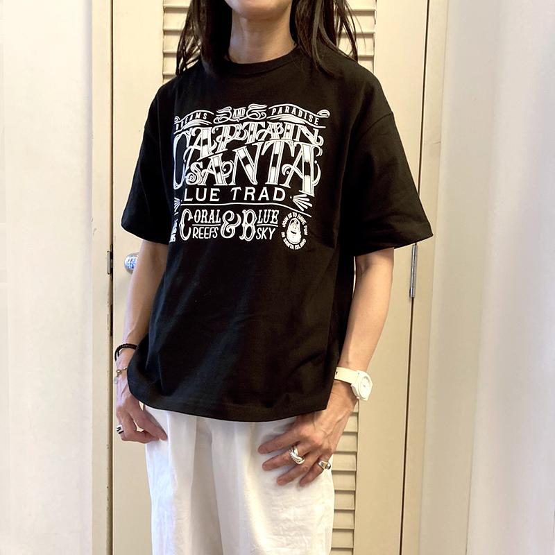 《キャプテンサンタ》HAND LETTERING風LOGO Tシャツ【ビッグシルエット】