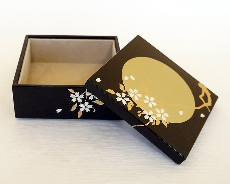 越前塗 小箱 満月に桜