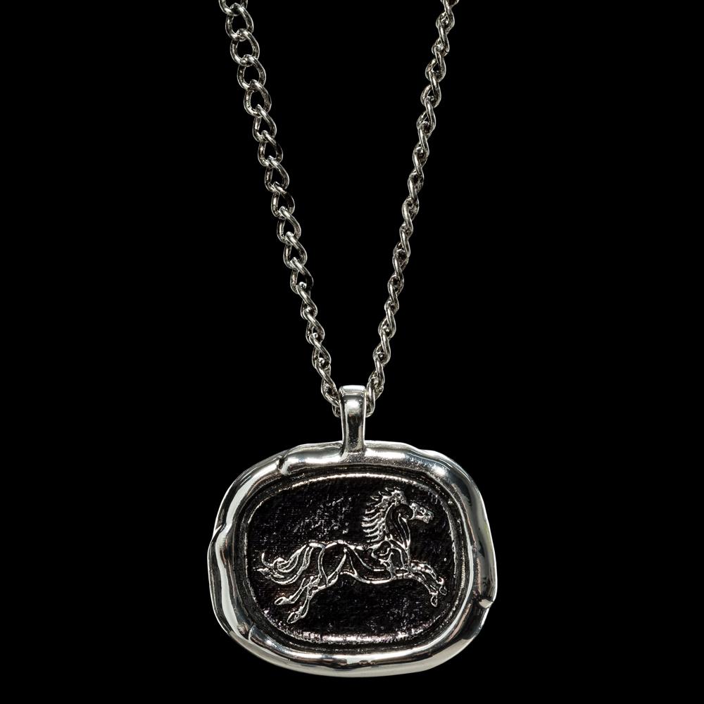 ロード・オブ・ザ・リング ロハンのワックス ペンダント 銀メッキ真鍮 チェーン