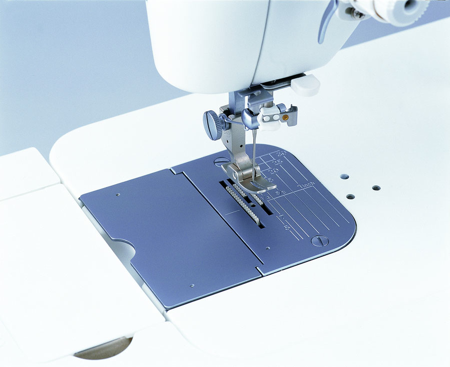 【送料無料】 厚物用針板 職業用ミシン TL-2200QVP Mini