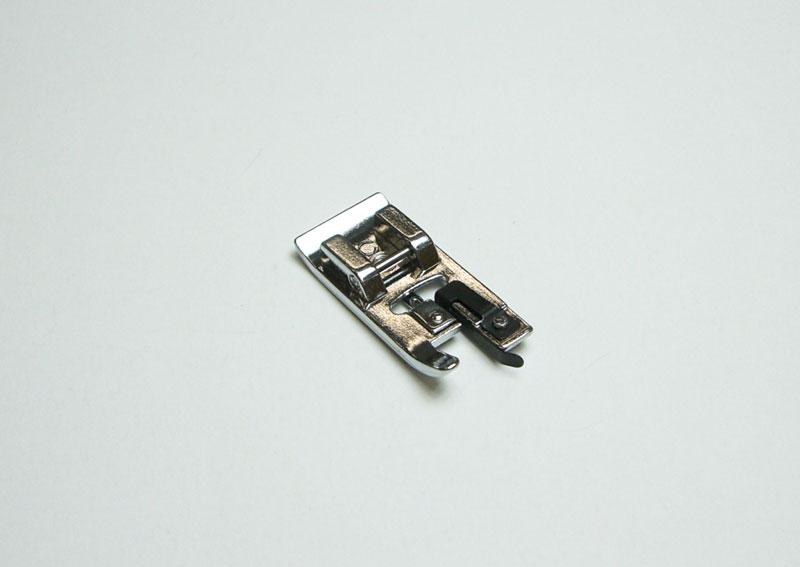 裁ち目かがり押え HZL-J900R