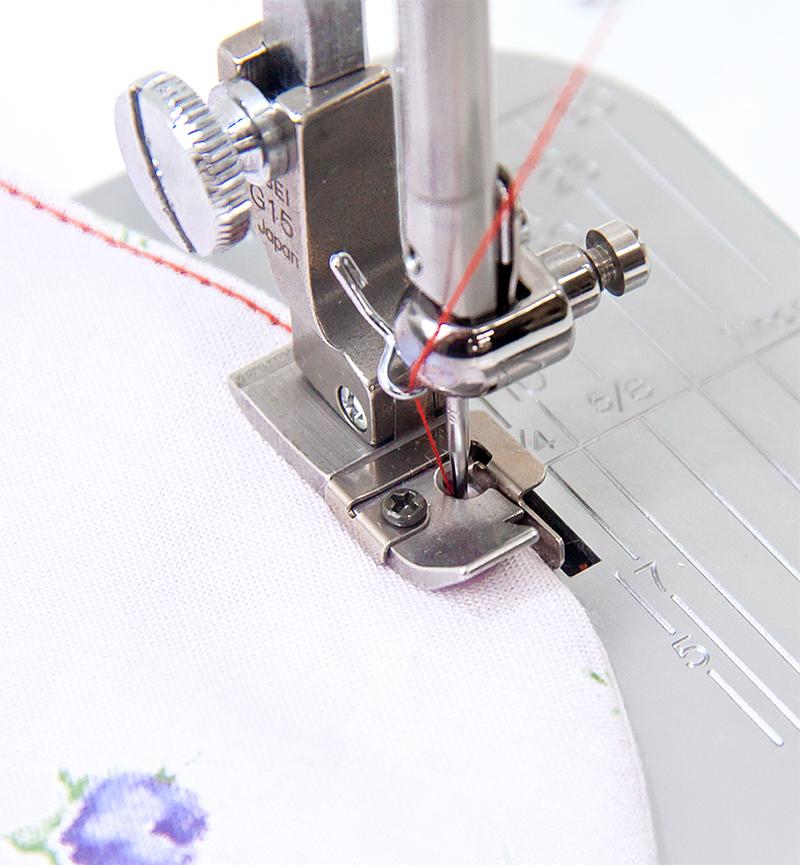 ガイド付きステッチ押え金 右ガイド ステッチ幅1.5mm  職業用ミシン