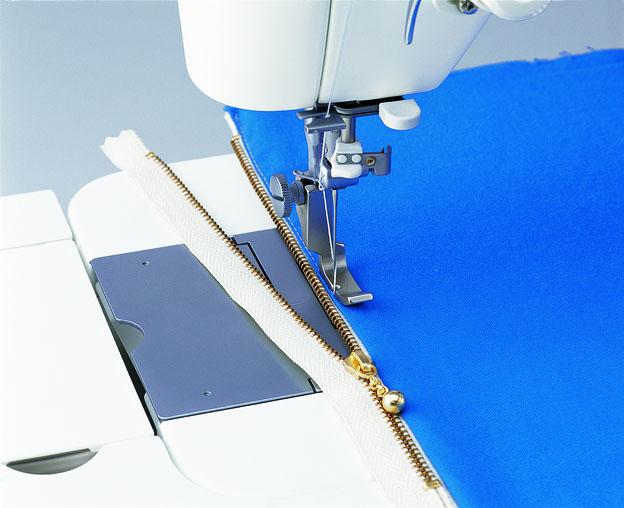 左端縫い押え 職業用ミシン
