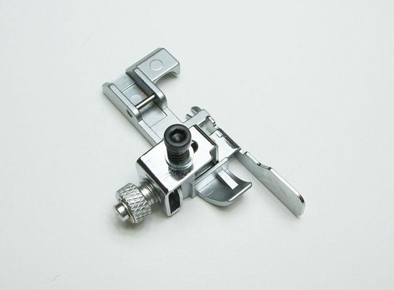 ユニバーサルブラインドステッチ押え【右・左針用】(MO-50e) ロックミシン