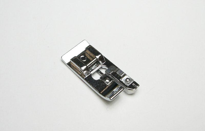 裁ち目かがり押え HZL-GX300