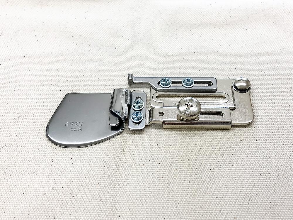 ◆メーカーお取り寄せ◆ 【送料無料】10mm幅・二ツ折りヘマー(押え金無しモデル) 職業用ミシン用