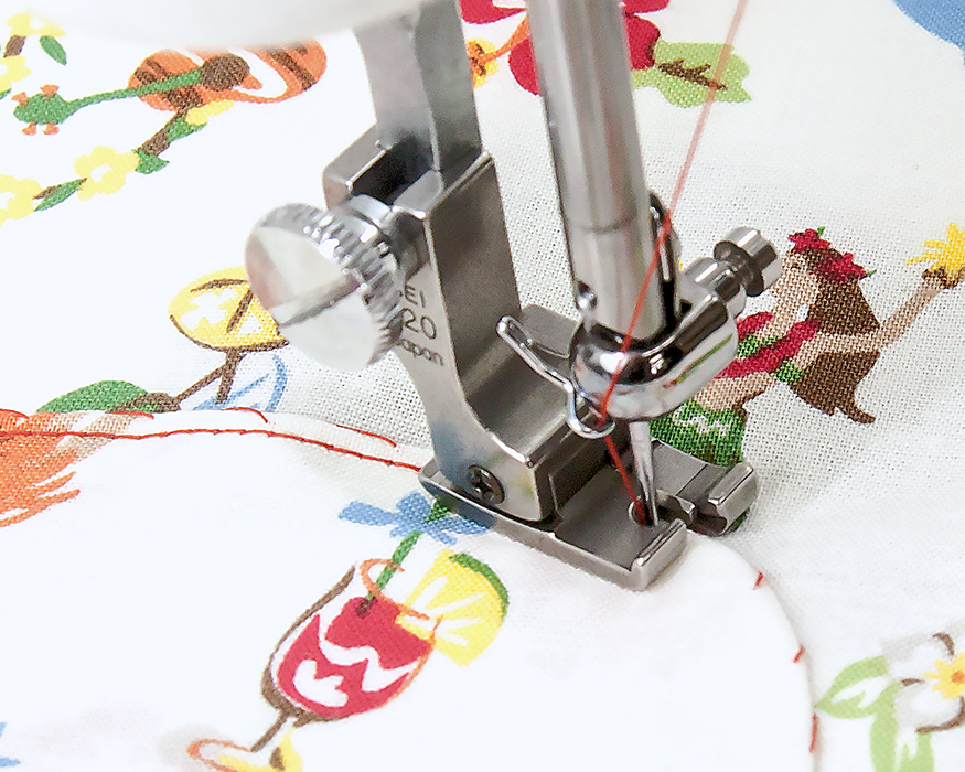 【送料無料】 コンパクト型ステッチ押え金 右ガイド 1.5mm 職業用ミシン用