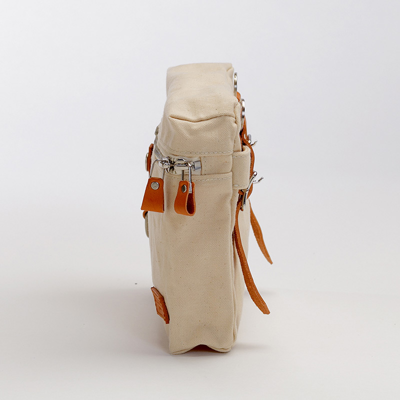 kakui[カクイ] アーミーダック×瀬戸内レザー製 ショルダー付きポーチ