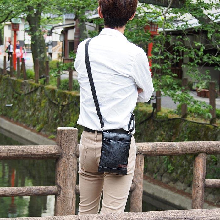 ショルダーバッグ 日本製 豊岡製鞄 メンズ 旅行 外出 シンプル ベルト 黒 キャメル KBN16414 アンディハワード ANDY HAWARD