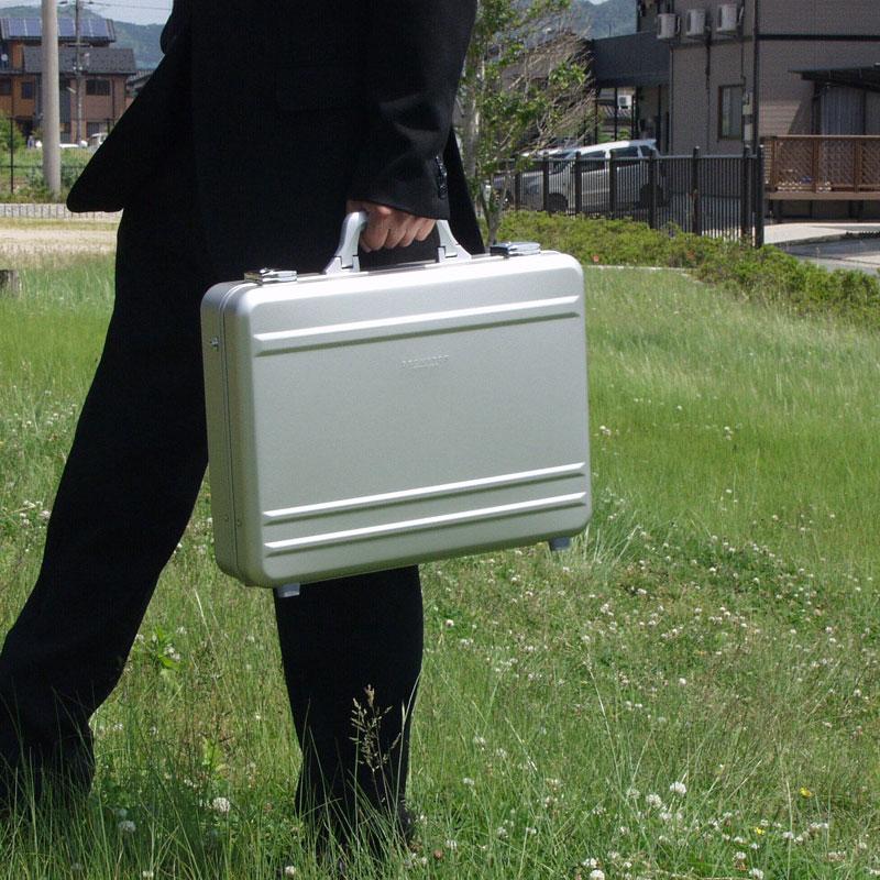 アタッシュケース アルミアタッシュ ビジネスバッグ 営業鞄 メンズ B4ファイル PC対応 アルミ ノート シルバー KBN21199 ブロンプトン BROMPTON 送料無料