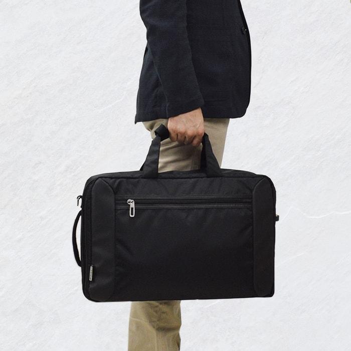 【50%セール対象商品】 ブリーフケース ビジネスバッグ メンズ B4ファイル 軽量 フォーマル 新社会人 通勤 営業 出張 黒 KBN26621 モビーズ MObby's