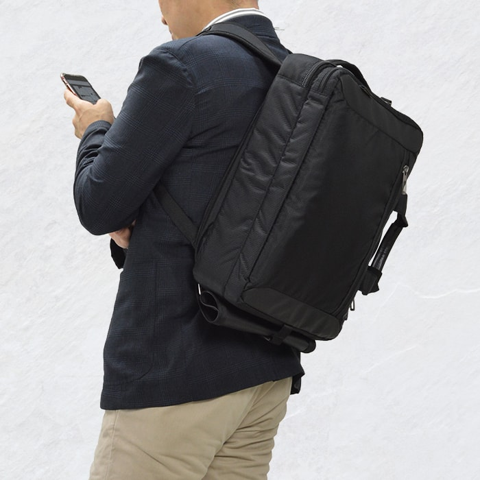 【50%セール対象商品】 ブリーフケース ビジネスバッグ 3wayバッグ メンズ B4ファイル 軽量 フォーマル 新社会人 通勤 営業 出張 黒 KBN26623 モビーズ MObby's