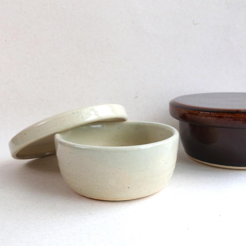 カネダイ陶器・ご飯入れ鉢(おひつ)1合(白)
