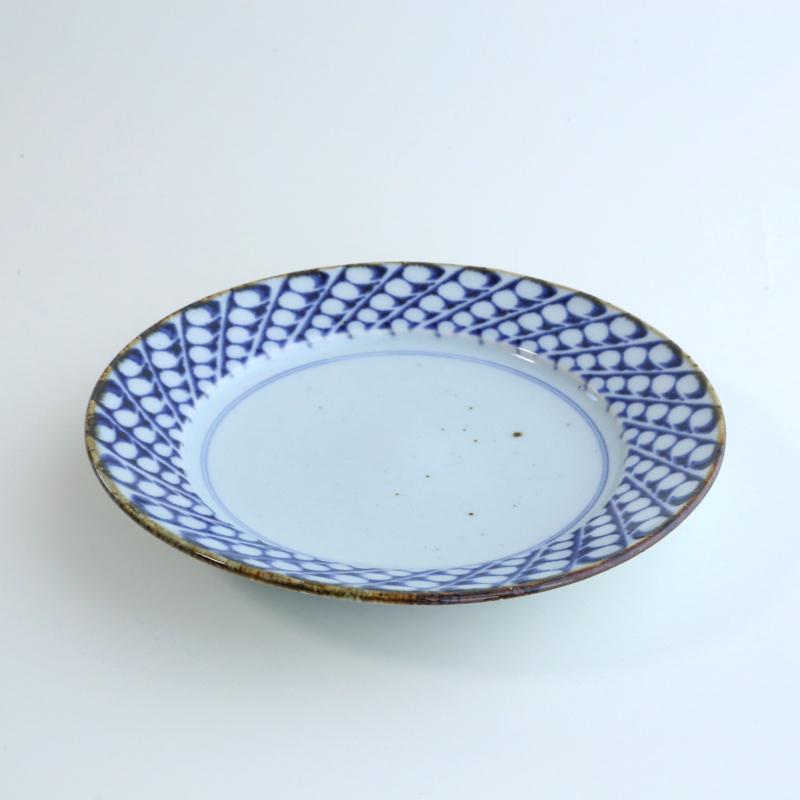 砥部焼・中田窯 すずらん8寸リム皿